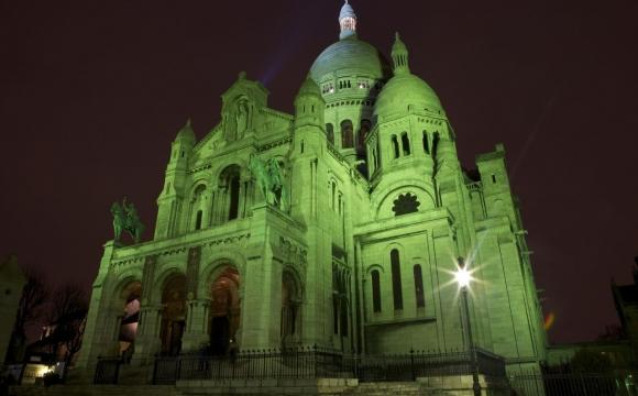 10 monuments aux couleurs de la Saint-Patrick - Le Sacré Coeur, Paris