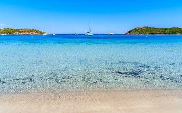 10 preuves que les plages françaises n'ont rien à envier au reste du monde - Plage de Santa Giulia