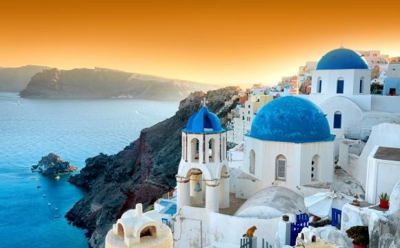 10 destinations qui donnent envie de tout plaquer - Santorin