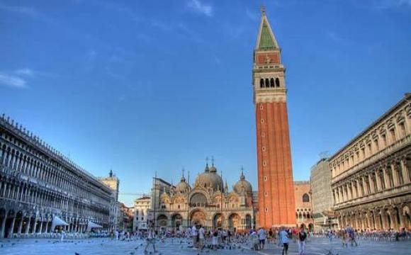 10 activités gratuites à faire à Venise - Visite de la place principale