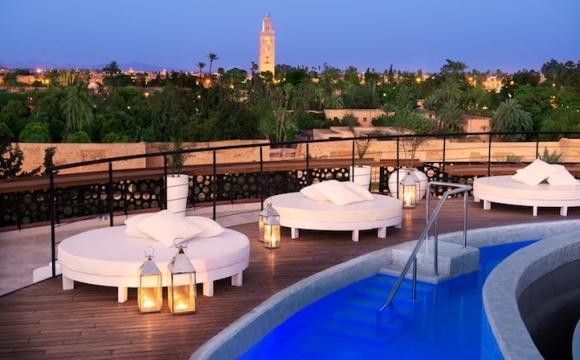 Top 10 des lieux à visiter à Marrakech - Boire un verre sur Rooftop au coucher de soleil