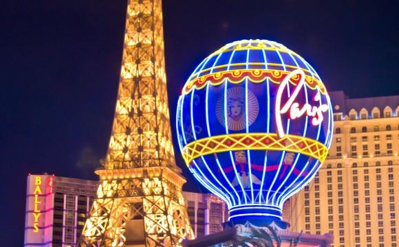 8 lieux pour voir le monde illuminé - Las Vegas