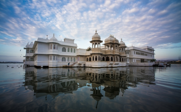 10 hôtels à tester au moins une fois dans sa vie  - Le Taj Lake Palace, Inde