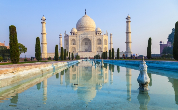 10 monuments incontournables à visiter - Le Taj Mahal en Inde