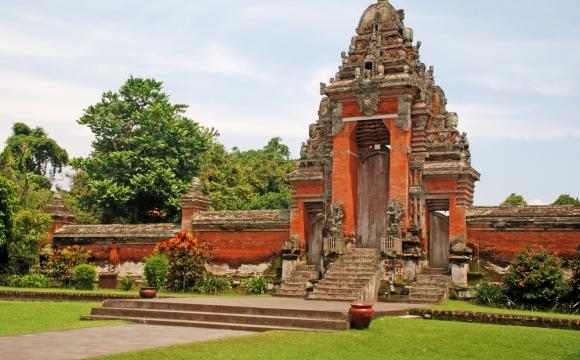 10 raisons de visiter Bali - De nombreux temples et édifices à découvrir
