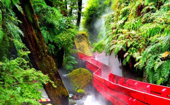 Les 10 plus belles sources d'eaux chaudes du monde - Les termes geometricas de Conaripe au Chili