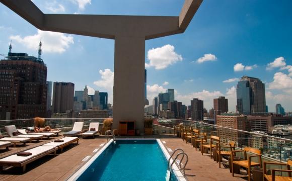 10 bars rooftops à New-York - L'hôtel The James : la modernité au naturel