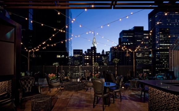10 bars rooftops à New-York - Upstairs : élégance et bonne ambiance